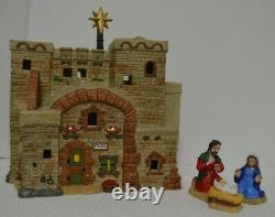Dept 56 Little Town INN AT BETHLEHEM HOLY FAMILY #4050943 BRAND NEW Lighted