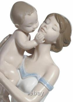 Lladro Unconditional Love #8244 Brand New In Box Mother Holding Baby Save$$ F/sh