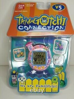 RARE Tamagotchi Connection V5 We Are Familitchi! Love My Family BRAND NEW NIP