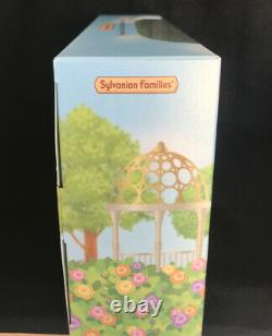 SYLVANIAN-CHOCOLATE RABBIT FAMILY, Uk Exclusive LIMITED EDITION. BRAND NEW